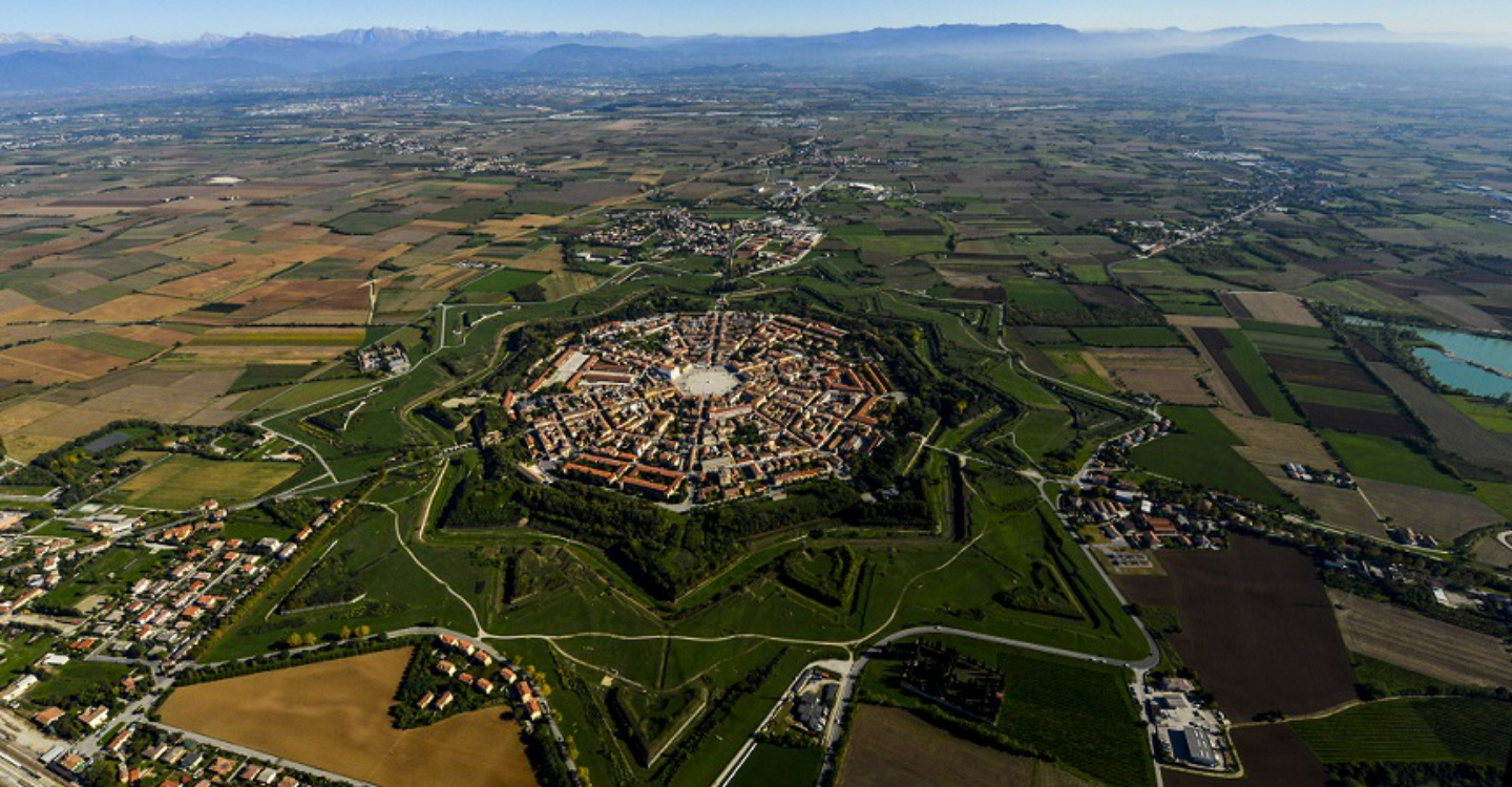 Sea and Taste - Atmospheres to discover two of the most beautiful villages in Italy Palmanova and Clauiano